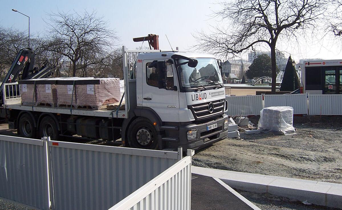 Tramway angers travaux publics matériaux